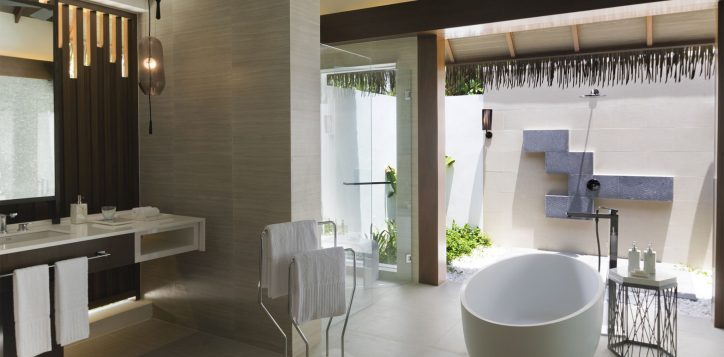 pmm_watervilla_bathroom_3820