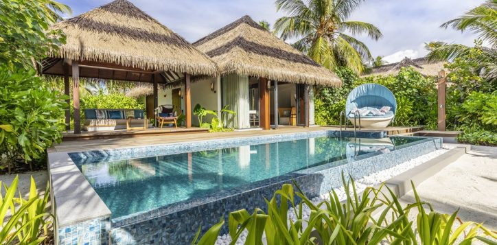 30_beach-pool-villa-exterior-2-2