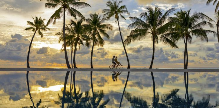 3_pool-beach-bike-2