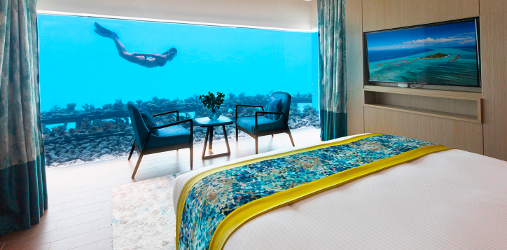 underwater-bedroom-maldives-2