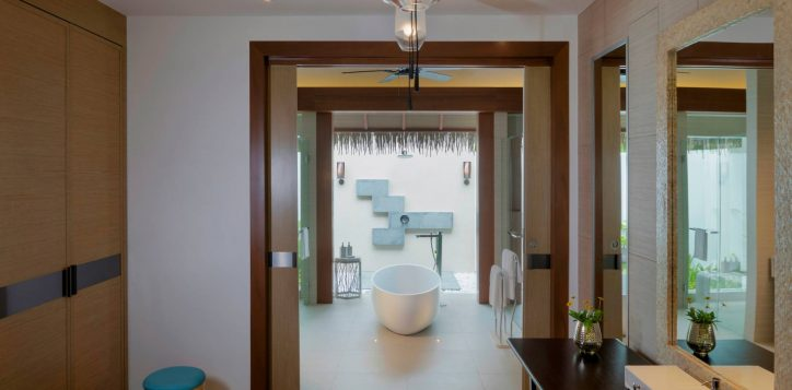 pullman-maldivesmaamutta_beachvilla108_bathroom_31a8043-2-2