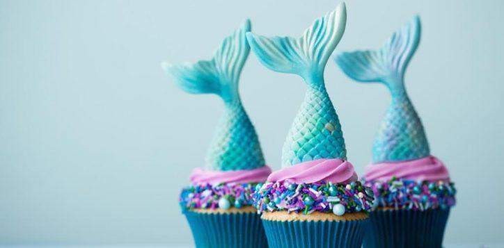 mermaid-cupcakes-picture-id1179344789